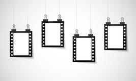 Film négatif vide accrochant sur une ligne image libre de droits