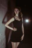 Film noir meisje in het retro beeld Stock Afbeelding