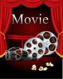 Filma filmbion med den röda gardinen i teatern Royaltyfri Fotografi