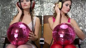 Filmad två gånger sexig klubbadansare för disko kvinna arkivfilmer