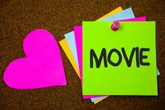 Filme da escrita do texto da escrita O cinema do significado do conceito ou o vídeo filme do filme da televisão indicado no poleg Foto de Stock Royalty Free
