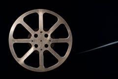 Filmspule auf Dunkelheit Lizenzfreie Stockbilder