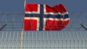 Filo spinato contro la bandiera d'ondeggiamento della Norvegia Animazione di Loopable 3D video d archivio