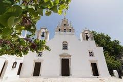 FILOTI, GRÉCIA - EM MAIO DE 2018: Igreja velha de Filoty na ilha de Naxos em Grécia Foto de Stock
