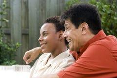 fils interracial de père Photos stock