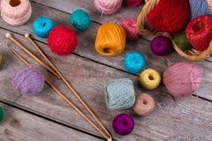 Fils pour le tricotage et la broderie Images libres de droits