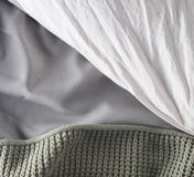 Filt kudde, ark, säng, bästa sikt Fotografering för Bildbyråer