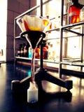Filtracja w chemicznym laboratorium Obrazy Stock