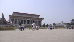 Filtri giù al monumento degli eroi del ` s della gente video d archivio