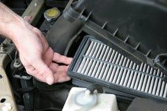 Filtro de aire sucio del coche Imagen de archivo libre de regalías