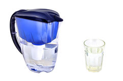 Filtro e tumbler de água fotografia de stock