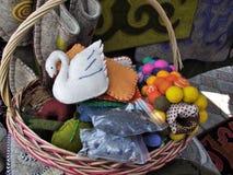 Filzprodukte gemacht von der Wolle Spielwaren und Dekorationen Stockfoto