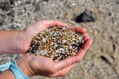 Fim acima - areia na praia de vidro - Hanapepe, Kauai Fotografia de Stock