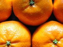 Fim acima/opinião macro as laranjas Imagens de Stock Royalty Free
