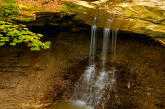 Fim azul de Hen Falls Imagens de Stock Royalty Free
