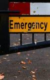 Fim bloqueado sinal da rua da emergência acima Imagens de Stock