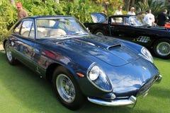 Fim clássico da opinião do quarto da parte dianteira de Ferrari acima Fotos de Stock