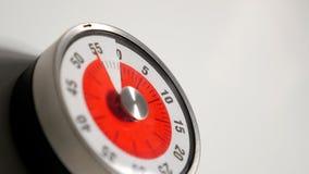 Fim clássico do temporizador da contagem regressiva da cozinha do vintage acima, permanecer de 55 minutos Imagem de Stock Royalty Free