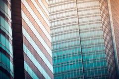 Fim comercial moderno da construção acima da vista Fotos de Stock Royalty Free
