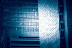 Fim comercial moderno da construção acima da vista Imagens de Stock Royalty Free