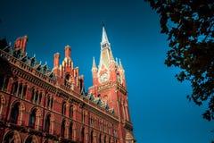 Fim comercial moderno da construção acima da vista Imagem de Stock Royalty Free