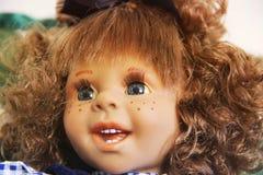 Fim da boneca da porcelana acima fotos de stock
