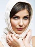 Fim da cara da mulher acima do retrato da beleza Poses modelo fêmeas Fotos de Stock Royalty Free