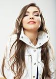 Fim da cara da mulher da beleza acima do retrato Poses modelo fêmeas novas Imagem de Stock Royalty Free