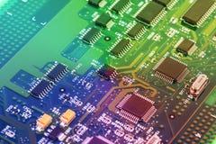 Fim da placa de circuito da alta tecnologia acima, macro conceito da tecnologia da informação Foto de Stock Royalty Free