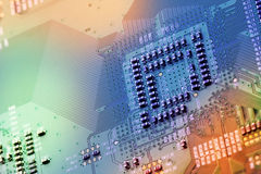 Fim da placa de circuito eletrônico acima. imagem de stock royalty free