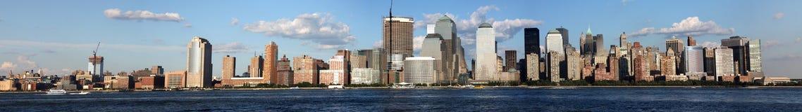 Fim da tarde da baixa da skyline de New York City Imagem de Stock