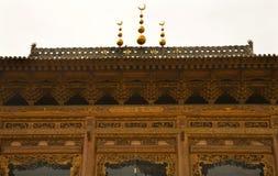 Fim de madeira ornamentado da mesquita acima de China Fotografia de Stock