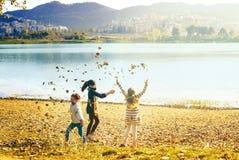Fim de semana em Tirana no lago Fotos de Stock Royalty Free