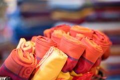 Fim diferente do tecido da tela de seda das cores acima Imagem de Stock