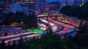 Fim do lapso de tempo acima do tráfego da autoestrada em Seattle filme