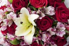 Fim do ramalhete da flor acima. Imagens de Stock Royalty Free
