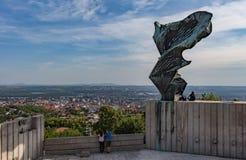 Fim do verão - estátua de Nike, Pécs, Hungria Foto de Stock