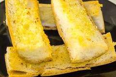 Fim fritado do pão de alho acima Imagem de Stock