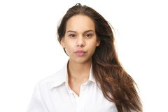 Fim horizontal acima do retrato de uma jovem mulher imagens de stock