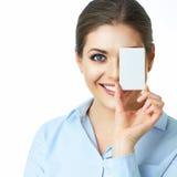 Fim isolado da cara da mulher de negócio acima Sorriso cartão Backgr branco Imagem de Stock