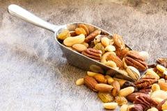 Fim saudável Nuts misturado do petisco acima fotos de stock royalty free