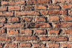 Fim velho da textura do fundo da parede de tijolo vermelho acima a parede bricked textured o teste padrão para o replicate contín imagens de stock royalty free
