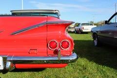 Fim vermelho clássico do carro acima fotografia de stock royalty free