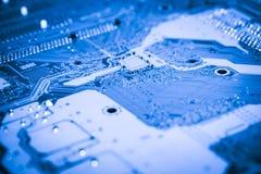 Fin abstraite des circuits électroniques en technologie sur le fond d'ordinateur de Mainboard images libres de droits