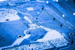 Fin abstraite des circuits électroniques en technologie sur le fond d'ordinateur de Mainboard image stock