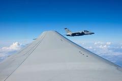 Fin air-air de jet d'AMX AM-X  Photographie stock