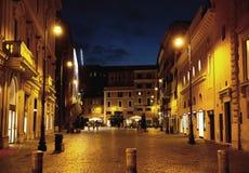 Fin for av gatan i midnatt fotografering för bildbyråer