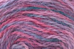 Fin colorée de fil de fils vers le haut de macro tir Images stock