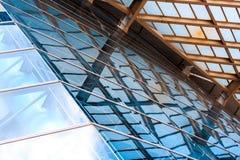 Fin commerciale moderne de bâtiment vers le haut de vue photo libre de droits