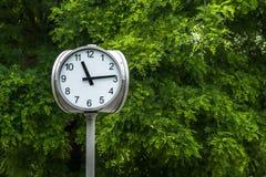 Fin d'horloge de rue  Photographie stock